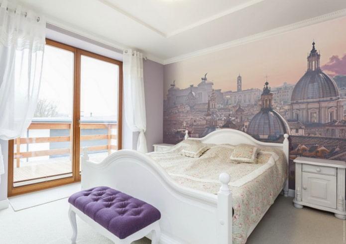 фотообои с изображением города на стене в спальне
