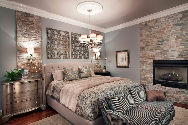 Декоративный камень в спальне: особенности, фото.
