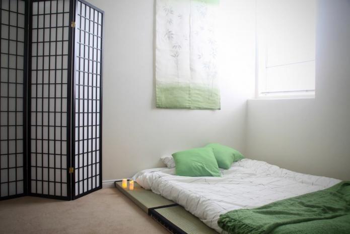 ширма в спальне