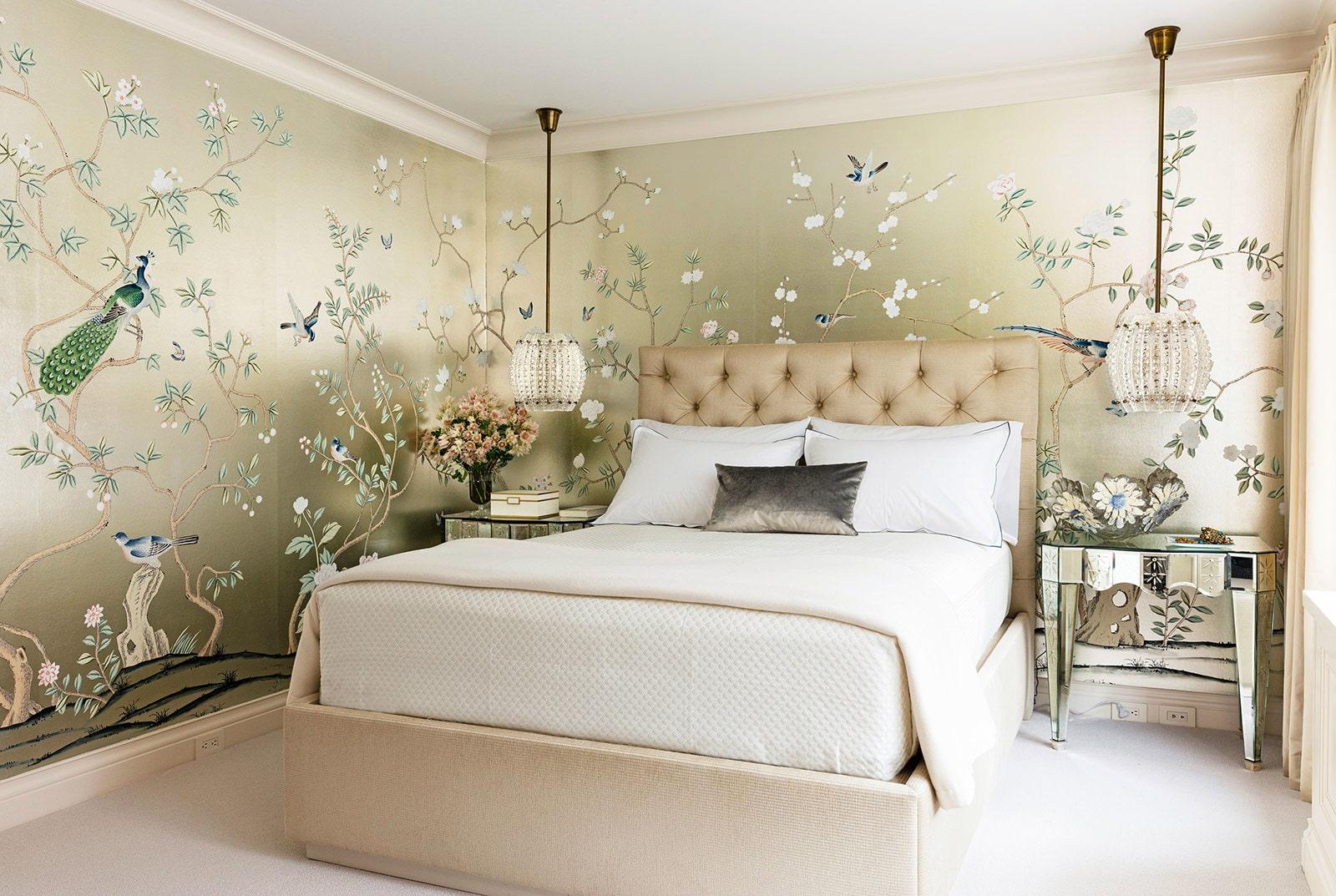 Дизайн поклейки обоев фото в спальне