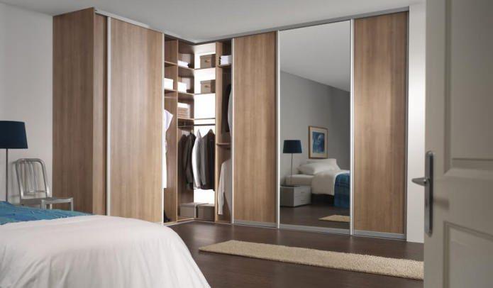 встроенный угловой шкаф в спальне