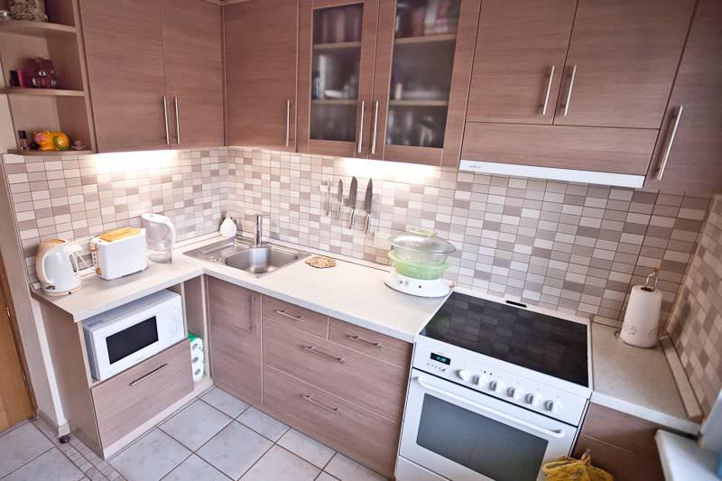 дизайн кухни в хрущевке фото идеи варианты обустройства