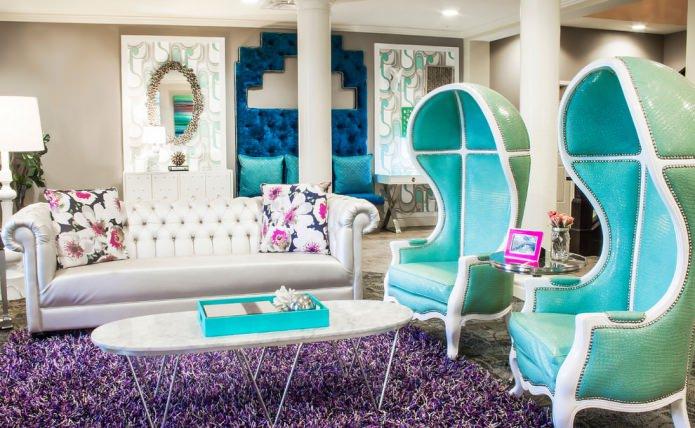 Мятно-фиолетовая гостиная