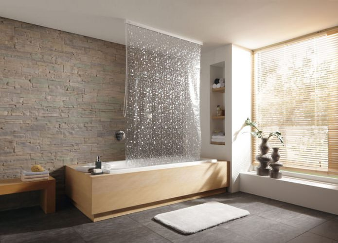 рулонная шторка для ванной комнаты