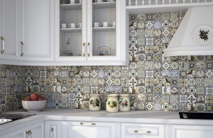 Плитка пэчворк на кухне в стиле кантри
