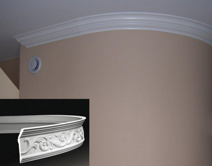 Плинтус для натяжного потолка криволинейной формы
