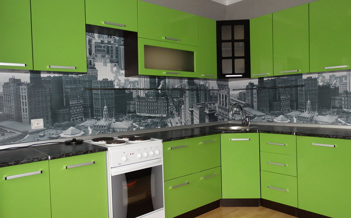 кухни фото с фартуком город