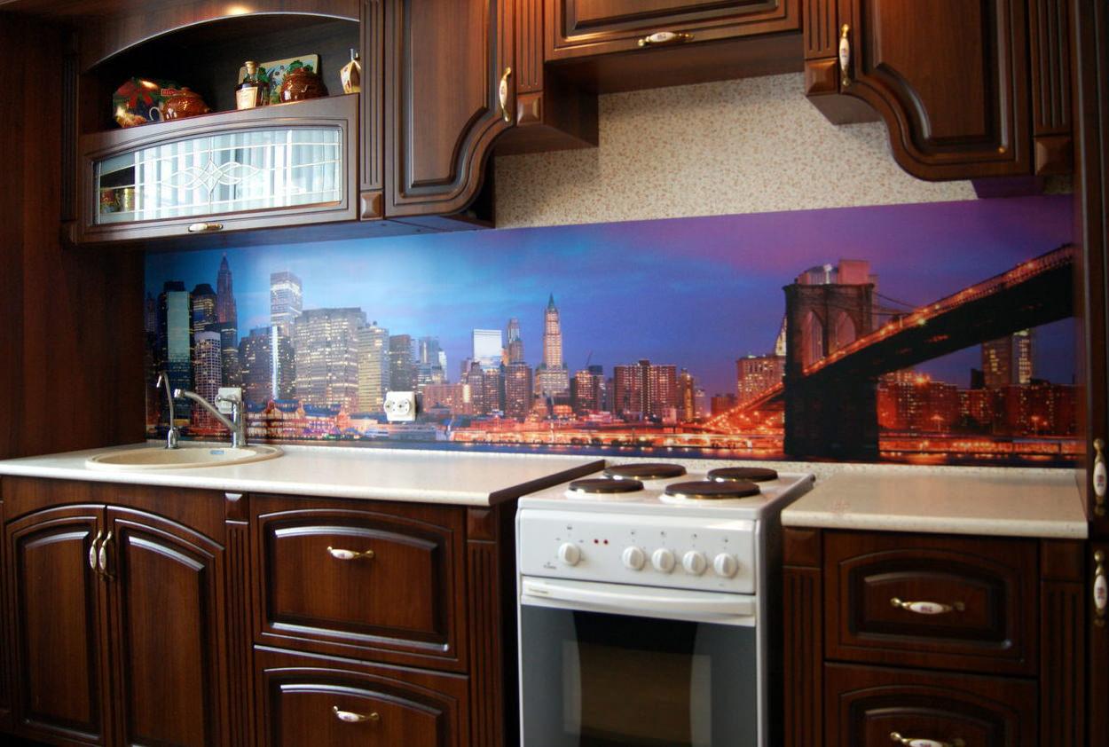 Фартуки для кухни фото город