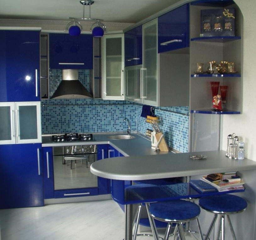 Маленькие угловые кухни с барной стойкой дизайн