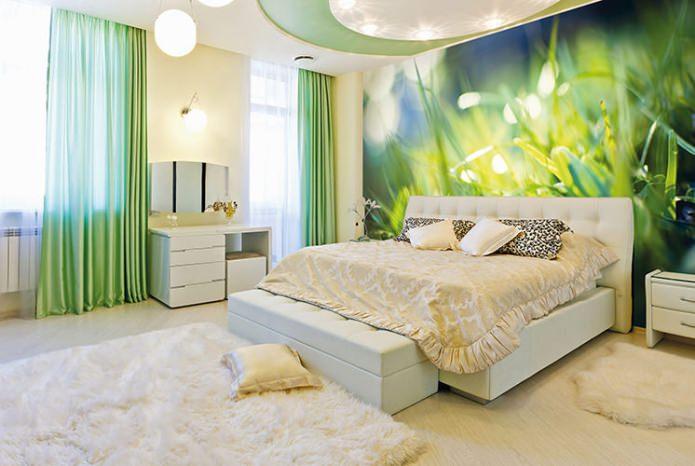 светлый пол и салатовые стены
