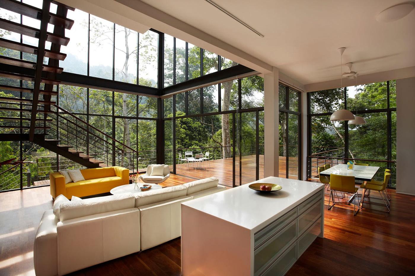 фото домов с окнами в пол снимке ирина позирует