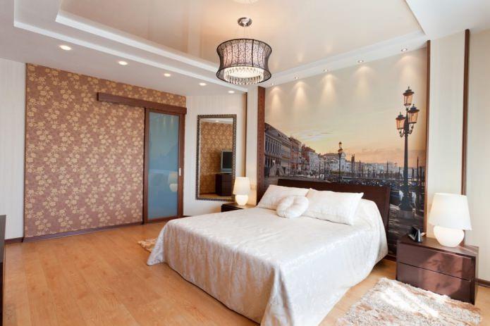 раздвижная межкомнатная дверь в интерьере спальни