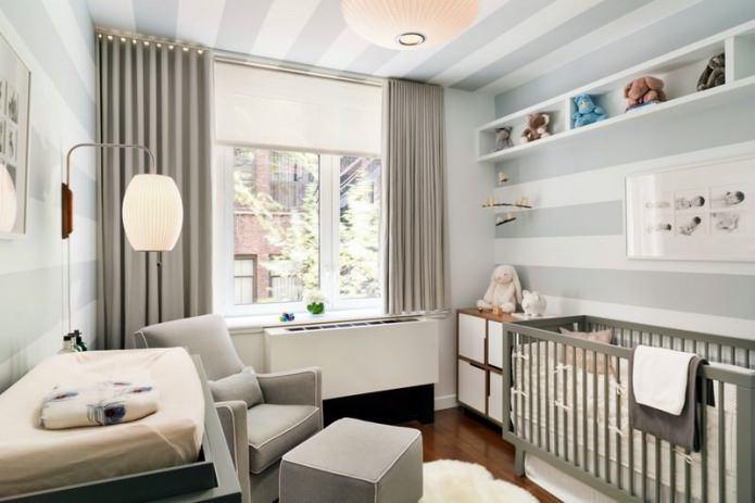 обои в серо-белом цвете в детской комнате для новорожденного