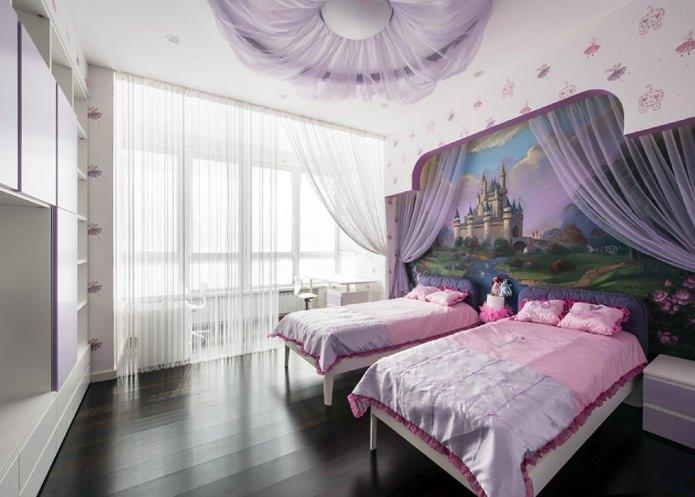 обои с изображением замка в детской комнате для девочки