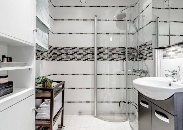 Дизайн небольшой ванной с душевой кабинкой в современном стиле