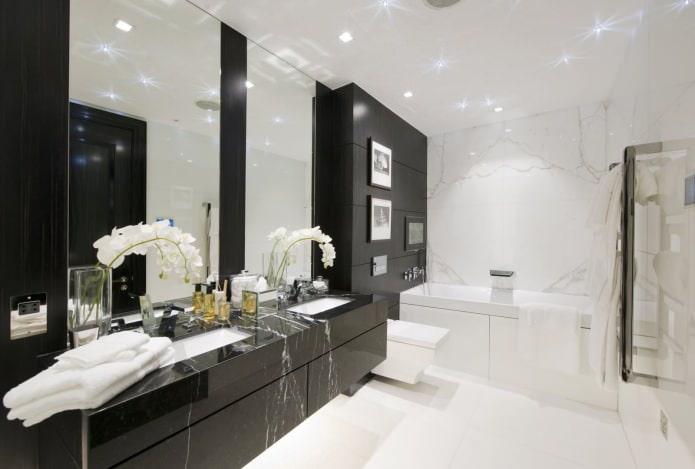 интерьер ванной в черно-белых тонах