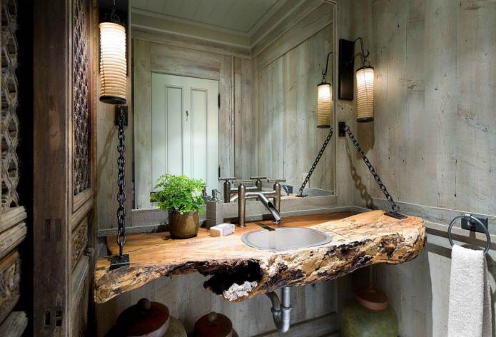 столешница в ванной из натурального спила