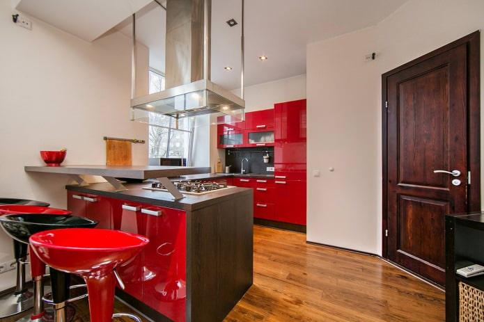 комбинированная барная стойка в интерьере кухни