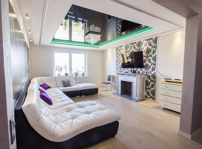 Двухуровневый натяжной потолок в интерьере гостиной