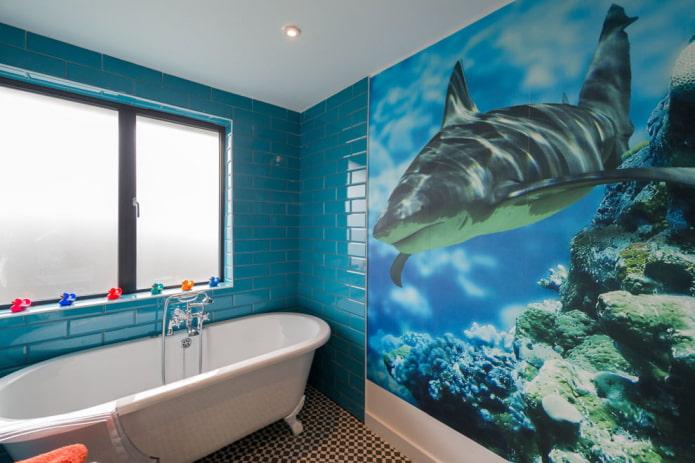 реалистичная акула в море в ванной