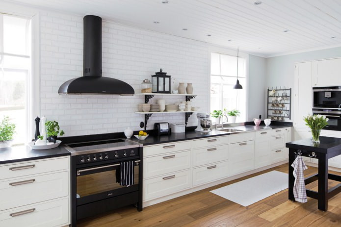 Дизайн белой кухни с черной столешницей: 80 лучших идей, фото в интерьере - 13
