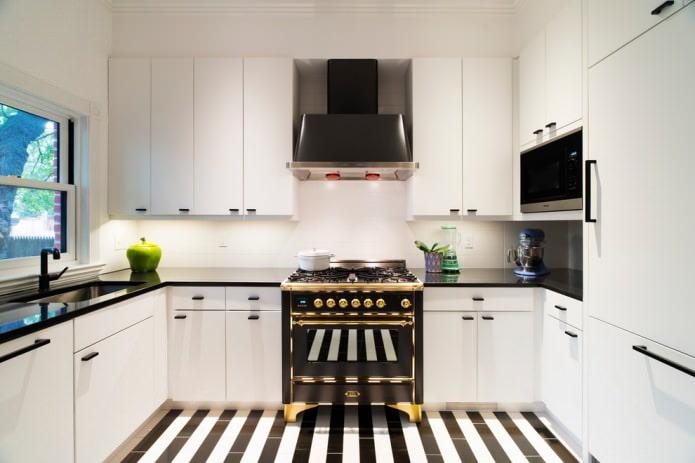 Дизайн белой кухни с черной столешницей: 80 лучших идей, фото в интерьере - 28