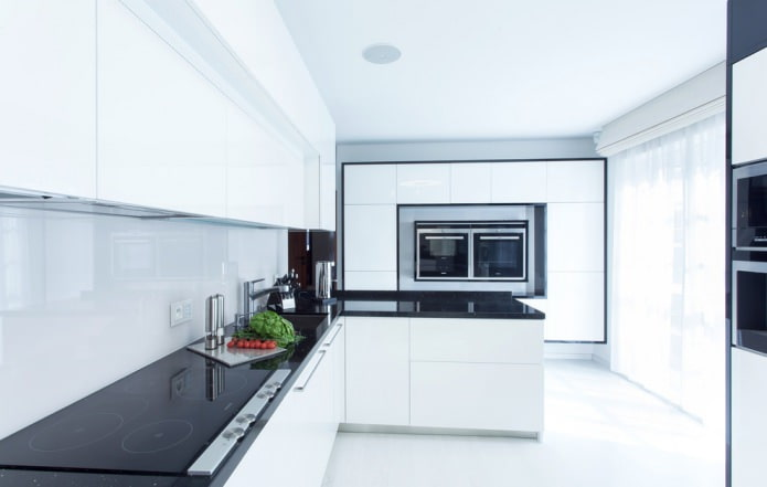 Дизайн белой кухни с черной столешницей: 80 лучших идей, фото в интерьере - 46
