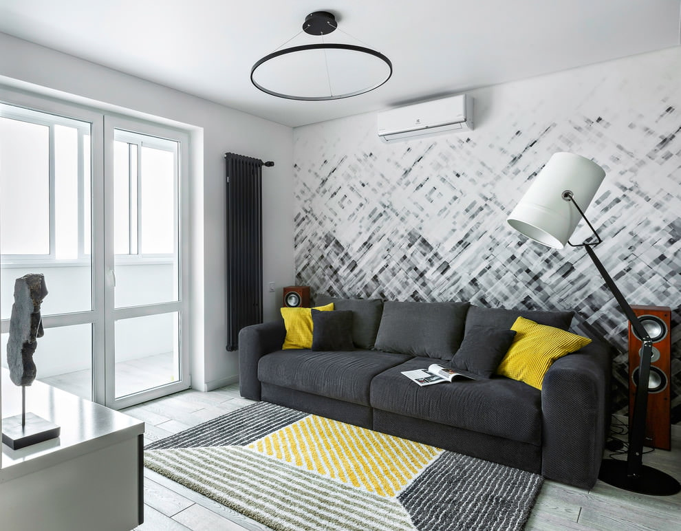линза камеры гостиная спальня с серым диваном фото постоянно