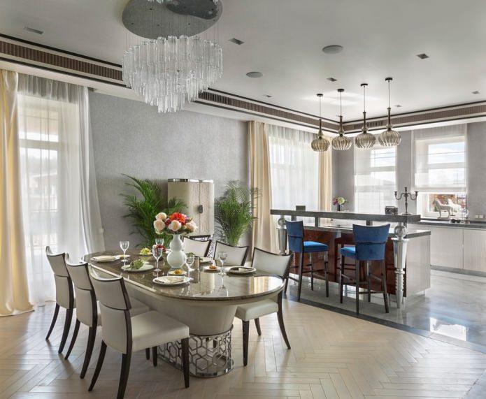 шторы в кухне-столовой к серым обоям