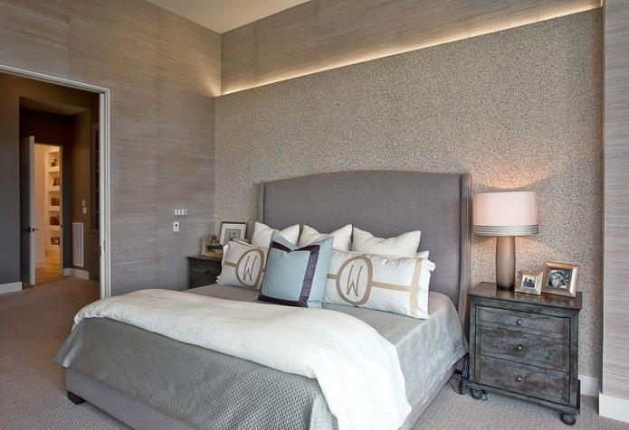 серые обои в дизайне спальни