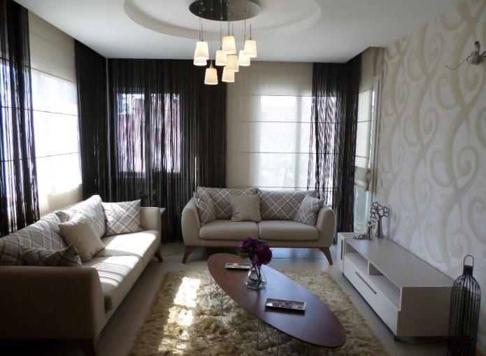 Легкие шторы в гостиную из нитей