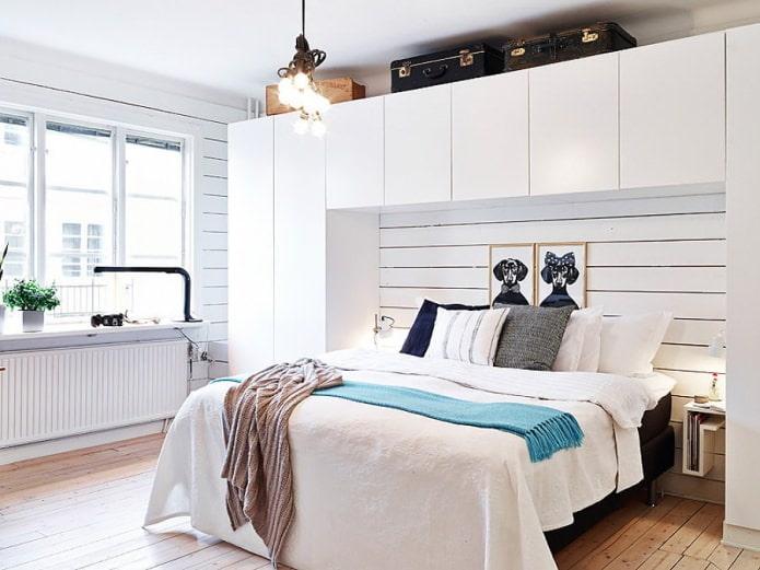 дизайн белой скандинавской спальни