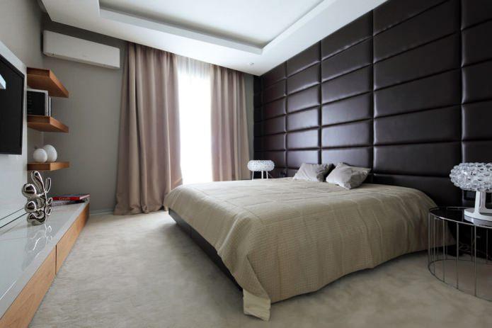 Мягкая кожаная стена в спальне