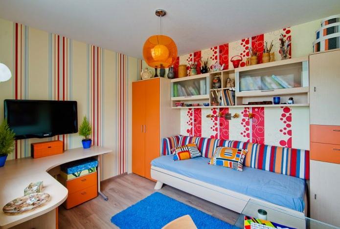 белый одноуровневый натяжной потолок в детской комнате