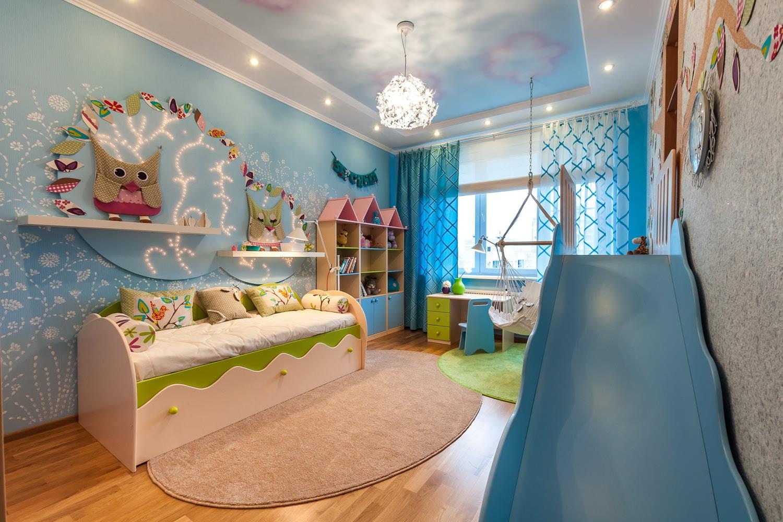 Дизайн детской в голубом цвете для девочки