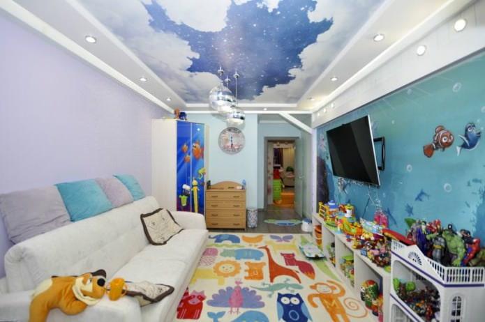 Натяжной потолок в детской для мальчика