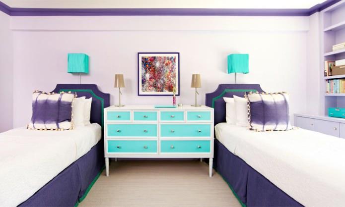 Бирюзовый и фиолетовый в интерьере детской