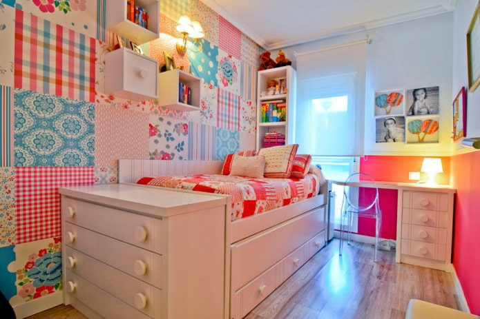 кровать с встроенными шкафчиками