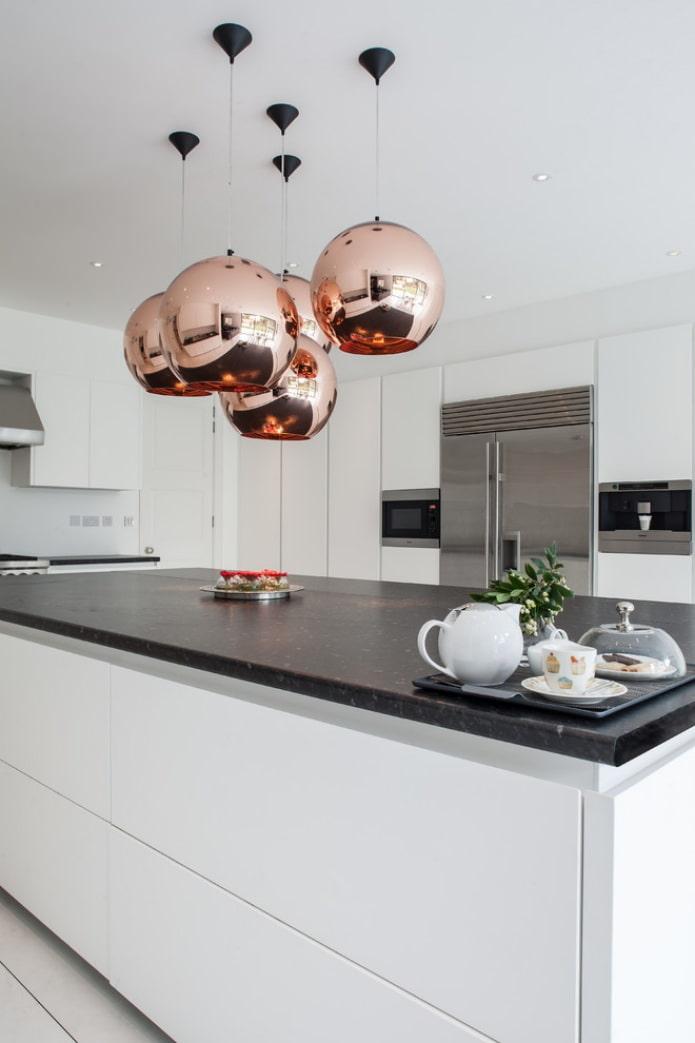 освещение на кухне в виде подвесов