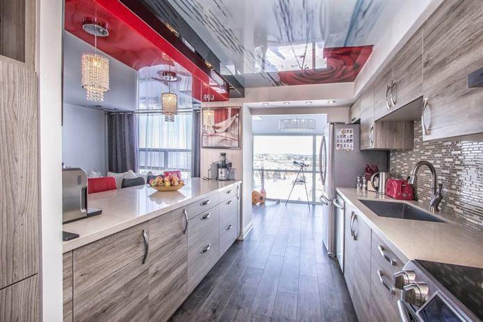 потолок с рисунком в кухне