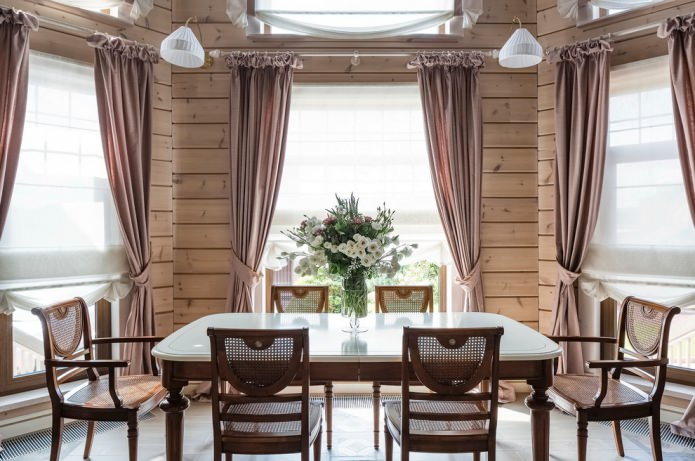 шторы в столовой