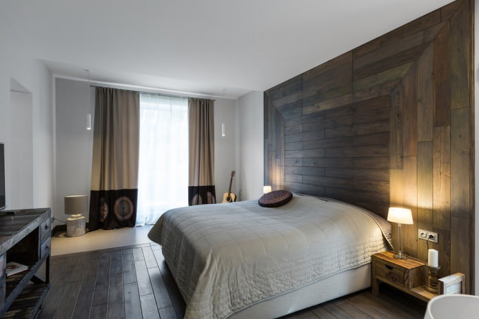 оригинальное расположение досок на стене в спальне
