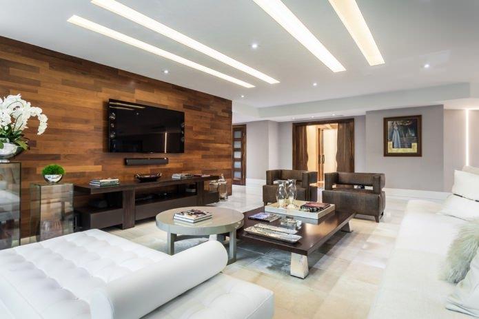 деревянная отделка стены в гостиной