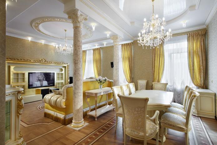 белые и золотые шторы