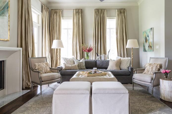 золотые портьеры в гостиной