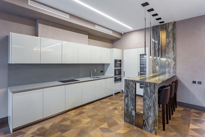 Белый кухонный гарнитур: особенности выбора, сочетания, 70 фото в интерьере - 4