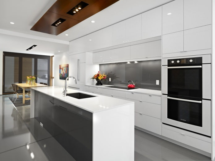Белый кухонный гарнитур: особенности выбора, сочетания, 70 фото в интерьере - 7
