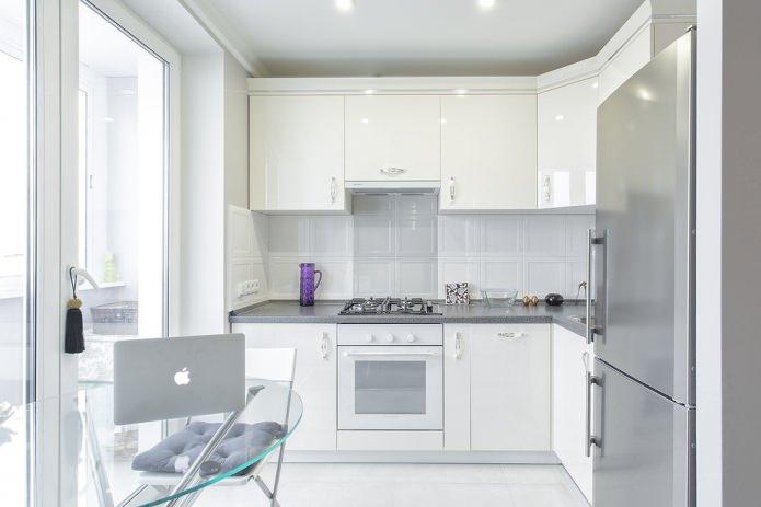 Белый кухонный гарнитур: особенности выбора, сочетания, 70 фото в интерьере - 10