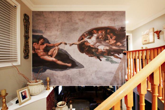 фреска с репродукцией картины Микеланджело «Сотворение Адама»