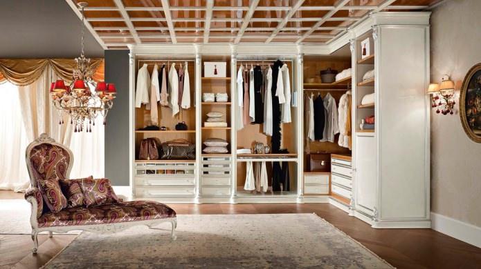 гардероб в классическом стиле